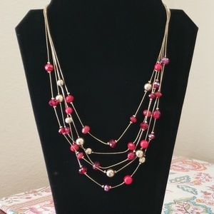 Jewelry - Red and gold bead necklace
